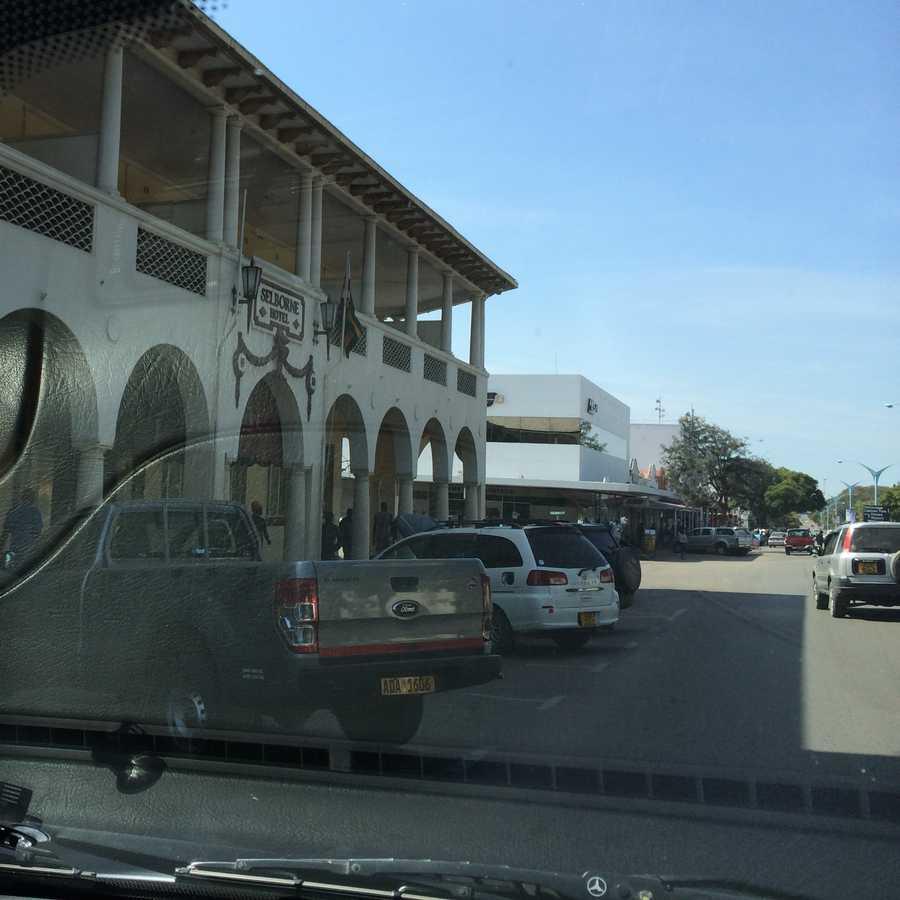 Selborne hotel bulawayo may 2014 for Mirror zimbabwe